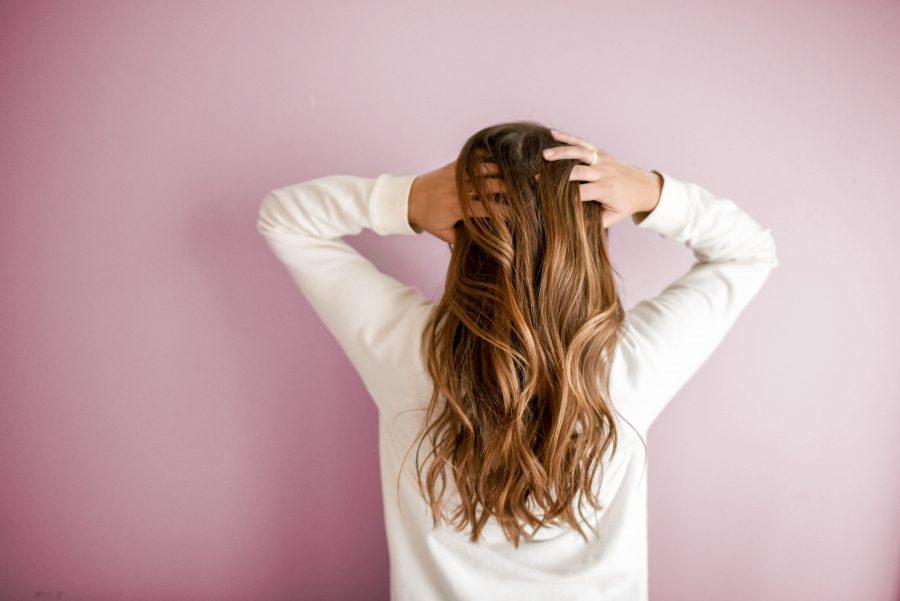 No poo : Comment se laver les cheveux sans shampoing ?
